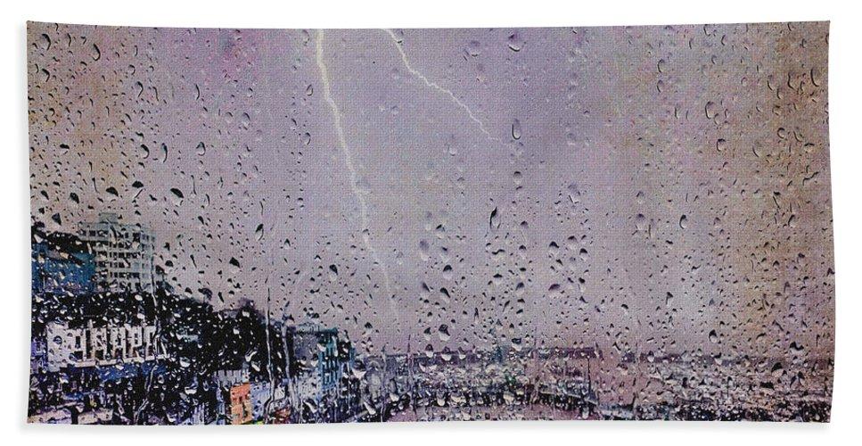 Nag004451a Hand Towel featuring the photograph Purple Rain by Edmund Nagele