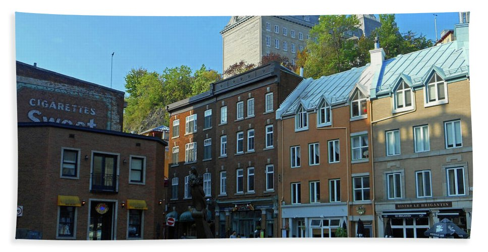 Quebec City Hand Towel featuring the photograph Quebec City 46 by Ron Kandt