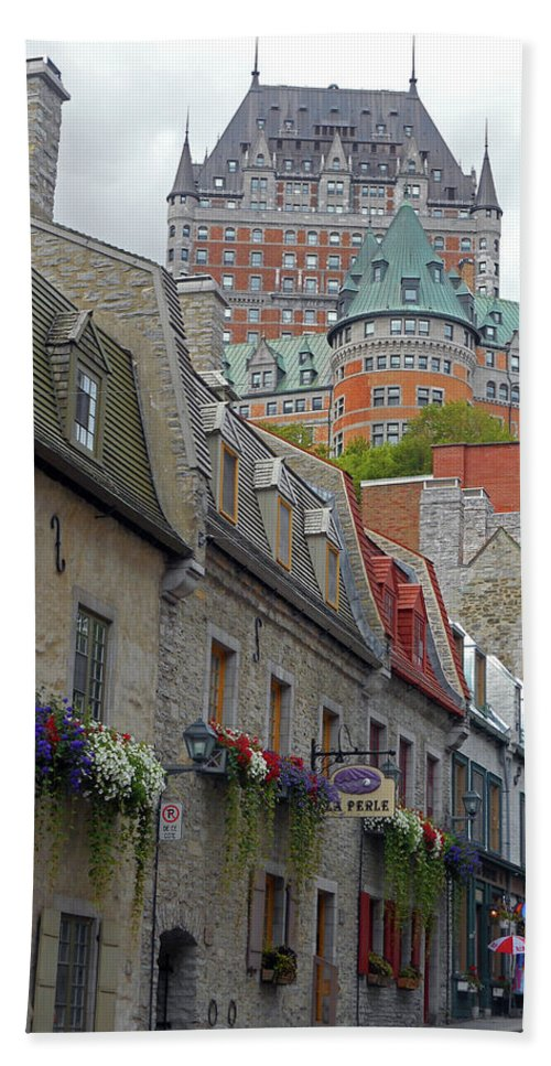 Quebec City Hand Towel featuring the photograph Quebec City 67 by Ron Kandt