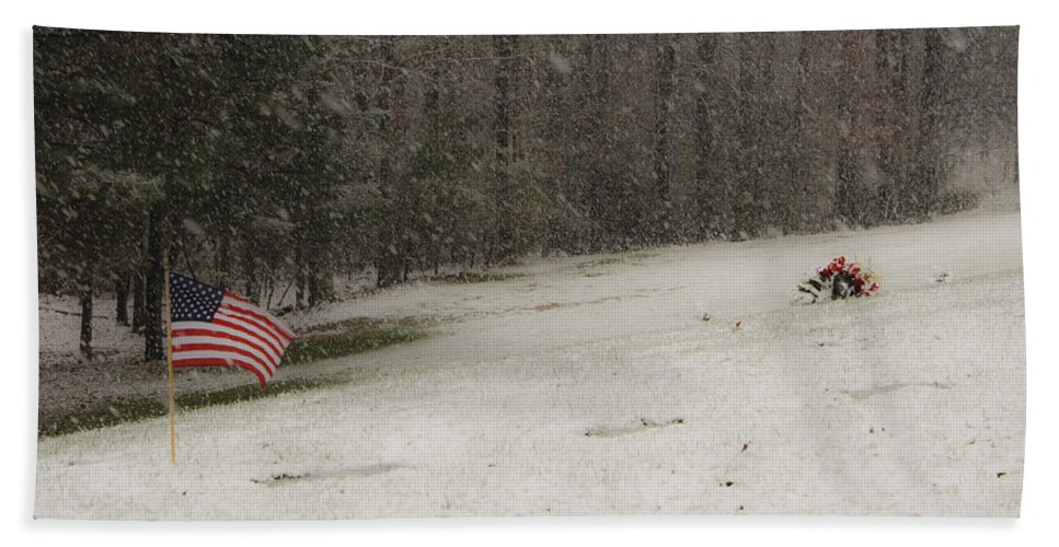 Cemetery Hand Towel featuring the photograph Quiet Remembrance Quantico National Cemetery by Teresa Mucha