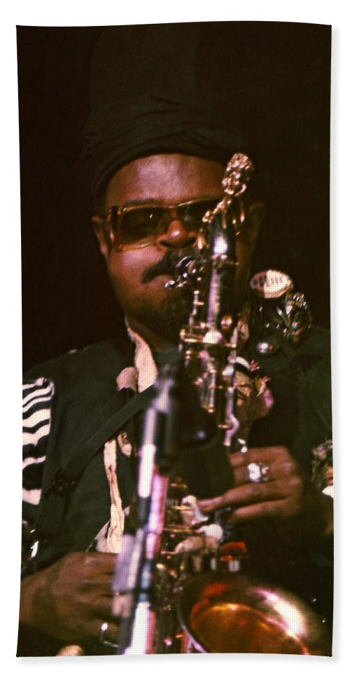 Rahsaan Roland Kirk Hand Towel featuring the photograph Rahsaan Roland Kirk 3 by Lee Santa