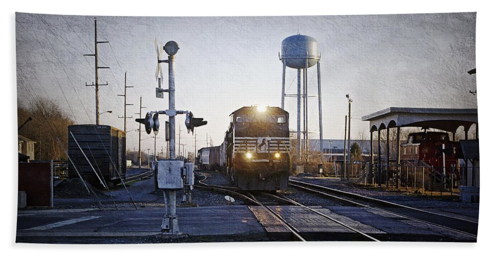 2d Bath Sheet featuring the photograph Railroad Crossing by Brian Wallace