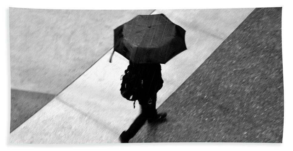 Rain Hand Towel featuring the photograph Running In The Rain by David Lee Thompson