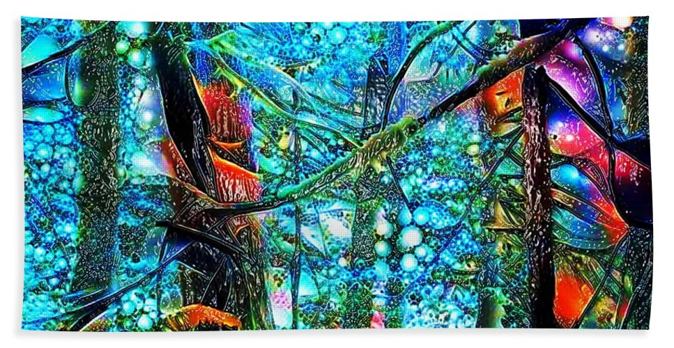 Vivid Color Abstract Therapeutic Relief Image Bath Towel featuring the photograph Rain Forest by John P Earls