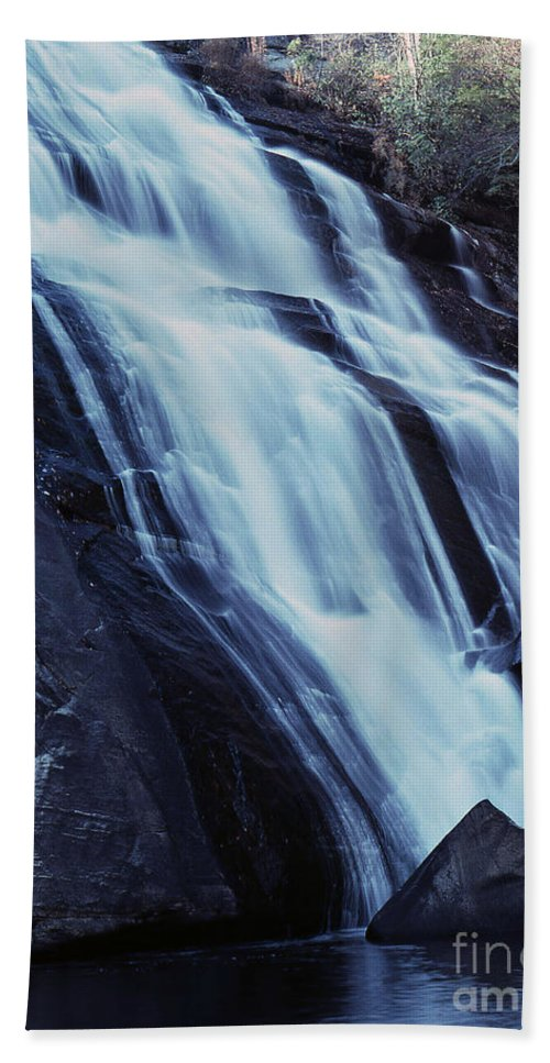Waterfall Hand Towel featuring the photograph Rainbow Falls by Richard Rizzo