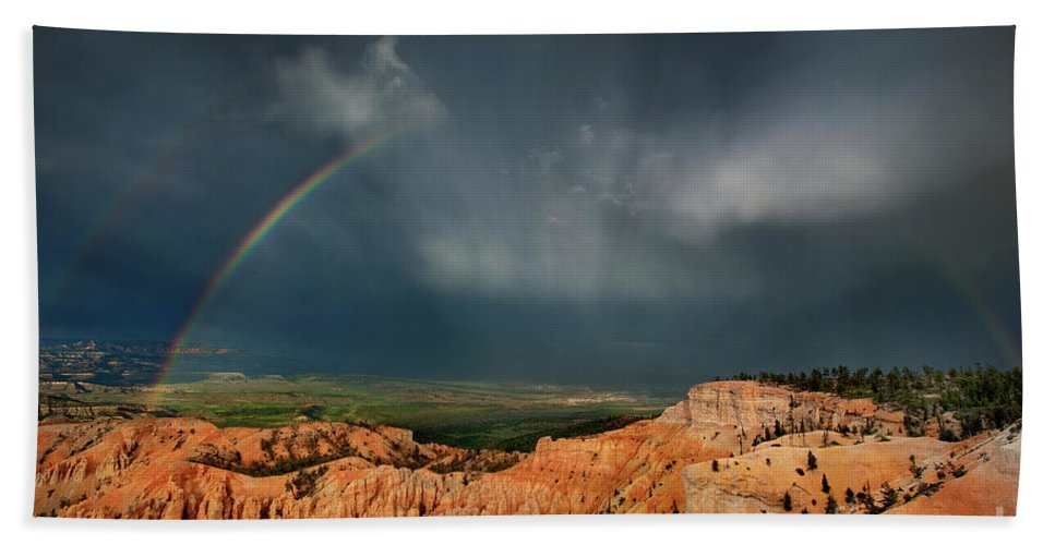 North America Bath Sheet featuring the photograph Rainbow Over Hoodoos Bryce Canyon National Park Utah by Dave Welling