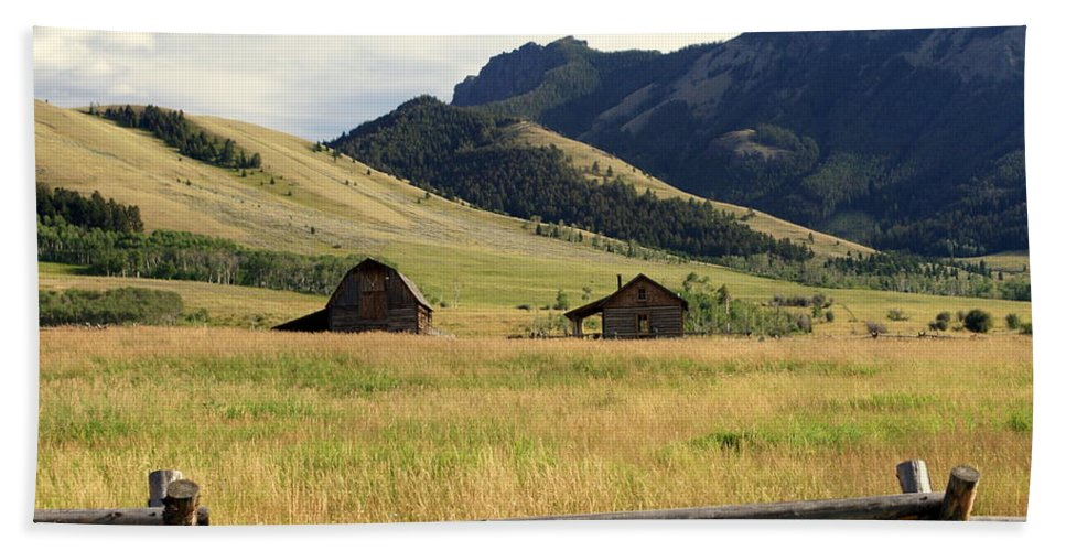 Landscapes Hand Towel featuring the photograph Ranch Along Tom Miner Road by Marty Koch