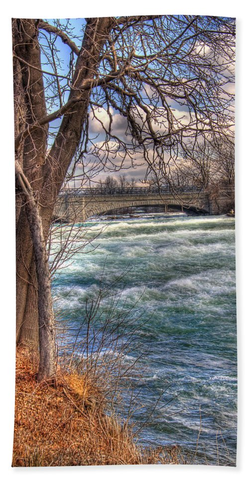 Tree Hand Towel featuring the photograph Rapids In Fall by Tammy Wetzel