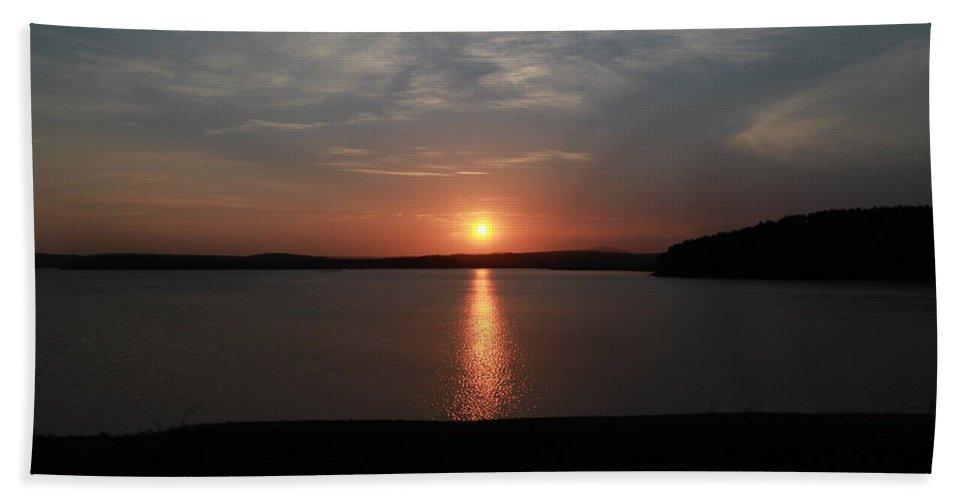 Landscape Bath Sheet featuring the photograph Rare Sunset 1 by Ronald Raymond