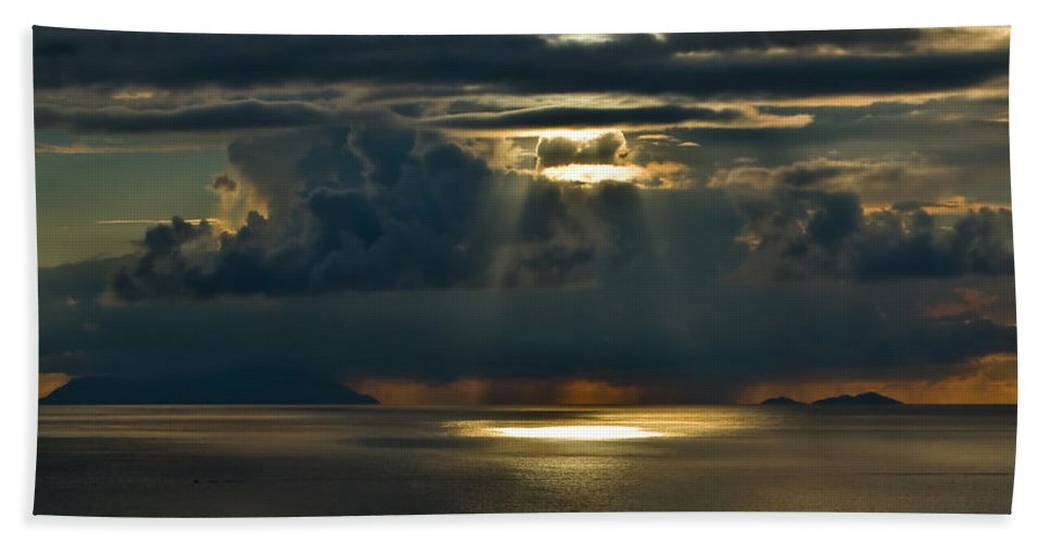 Clouds Hand Towel featuring the photograph Rays Of God by Max Steinwald