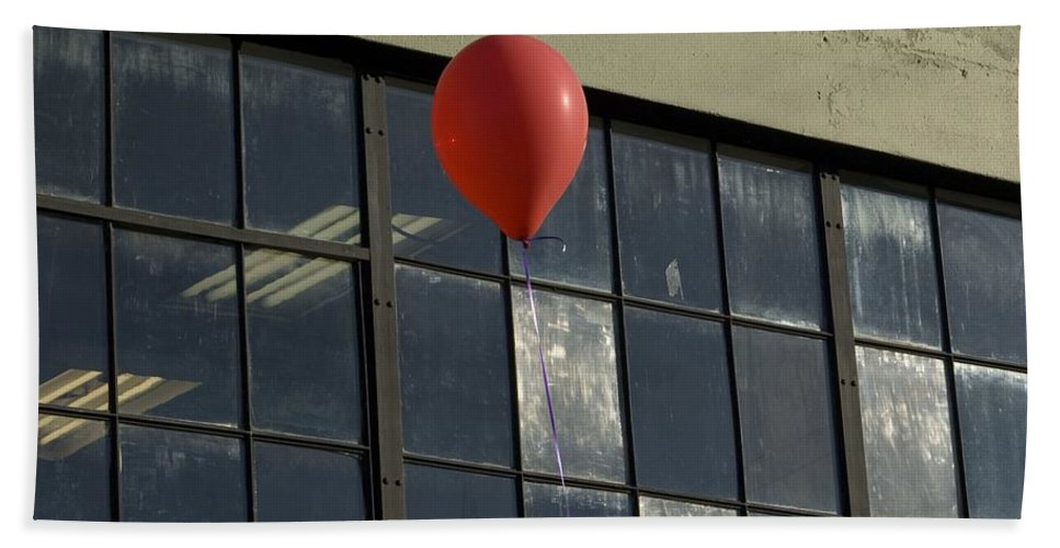 Windows Bath Sheet featuring the photograph Red Balloon by Sara Stevenson