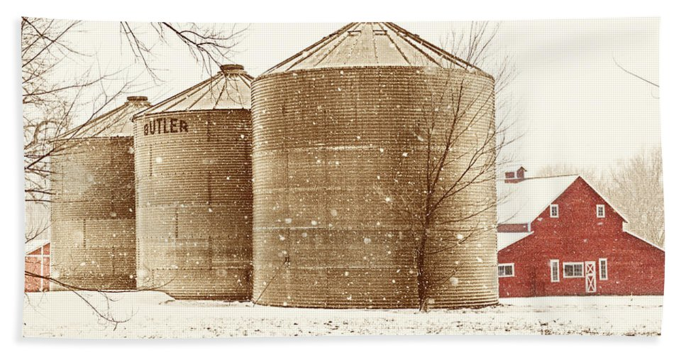 Americana Bath Sheet featuring the photograph Red Barn In Snow by Marilyn Hunt