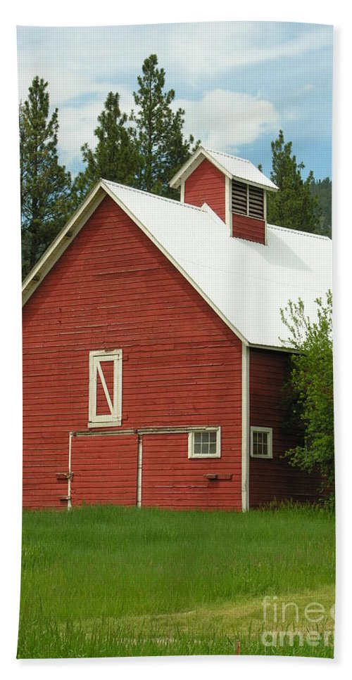 Red White Hand Towel featuring the photograph Red Barn Montana by Diane Greco-Lesser