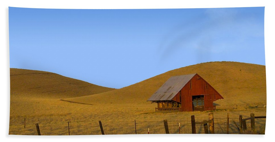 Landscape Bath Towel featuring the photograph Red Barn Summer by Karen W Meyer