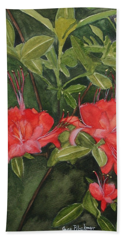 Flowers Bath Towel featuring the painting Red Blooms On The Parkway by Jean Blackmer