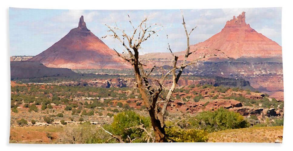 Buttes Bath Sheet featuring the photograph Red Buttes by David Lee Thompson