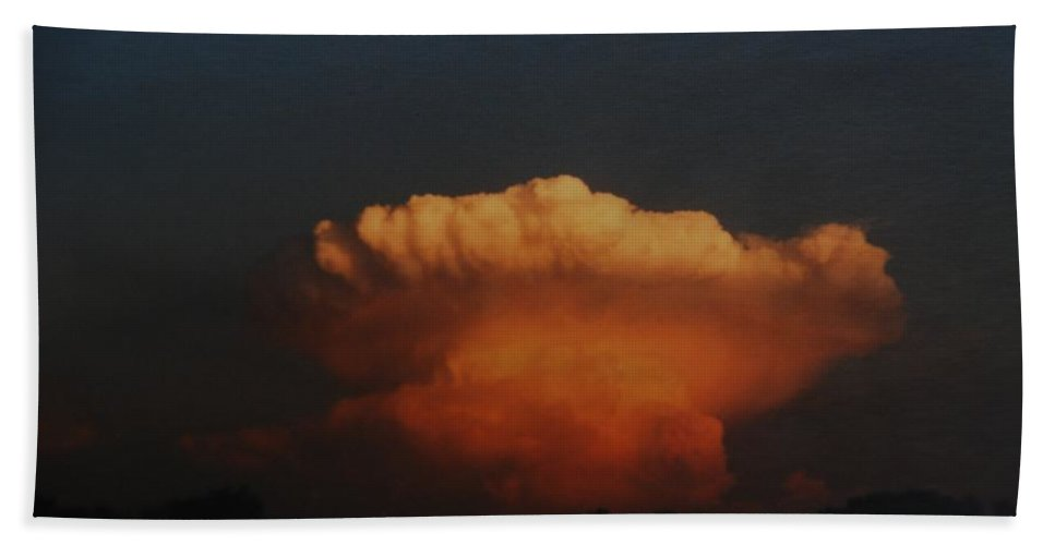 Clouds Hand Towel featuring the photograph Red Cloud by Rob Hans