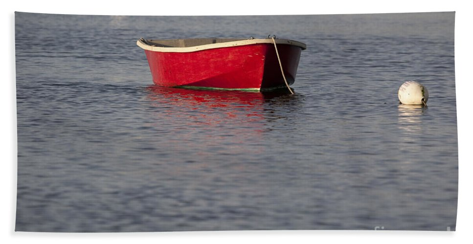 Red Bath Towel featuring the photograph Red Dingy - Rye Harbor New Hampshire Usa by Erin Paul Donovan