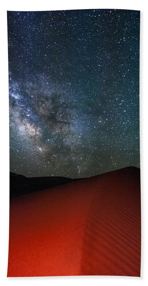 Stars Bath Sheet featuring the photograph Red Dunes At Night by Cat Connor