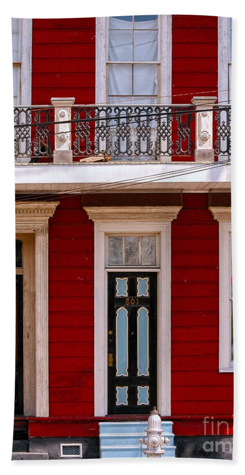 Entrance Hand Towel featuring the photograph Red House-nola-marigny-2 by Kathleen K Parker