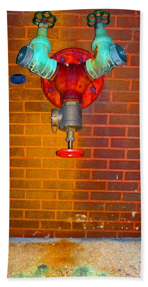 Photograph Bath Towel featuring the photograph Red Pipe by Thomas Valentine