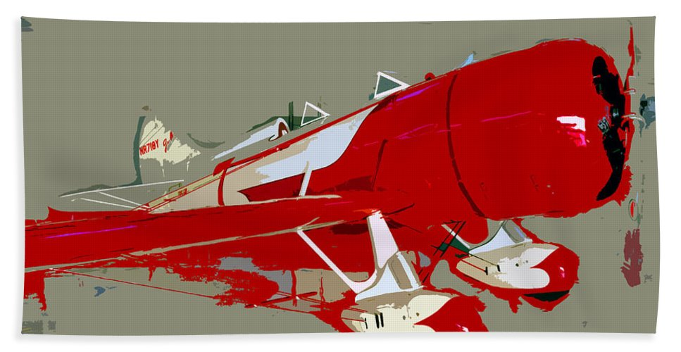 Fast Bath Towel featuring the painting Red Racer by David Lee Thompson