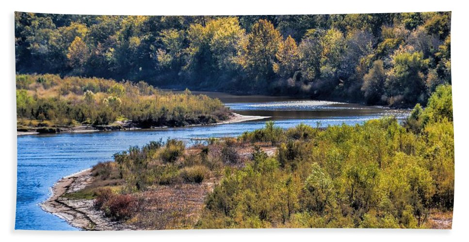 Landscape Bath Sheet featuring the photograph Red River Bend by Diana Mary Sharpton