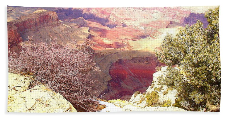 Red Rock Bath Sheet featuring the photograph Red Rock by Marna Edwards Flavell
