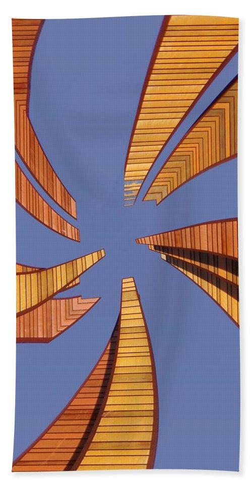 Seattle Bath Towel featuring the digital art Reeds 2 by Tim Allen