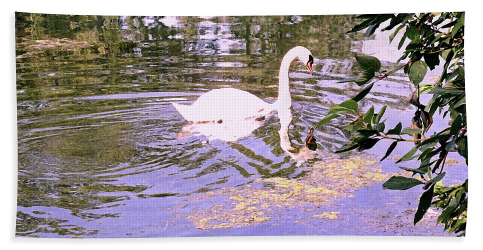 Swan Hand Towel featuring the photograph Reflection by Ian MacDonald
