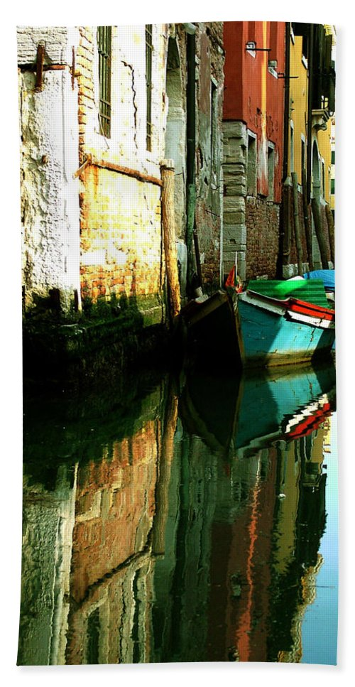 Venice Bath Towel featuring the photograph Reflection Of The Wooden Boat by Donna Corless