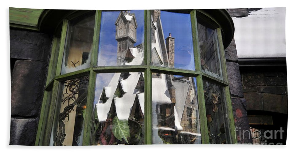 Christmas Hand Towel featuring the photograph Reflections Of Christmas by David Lee Thompson