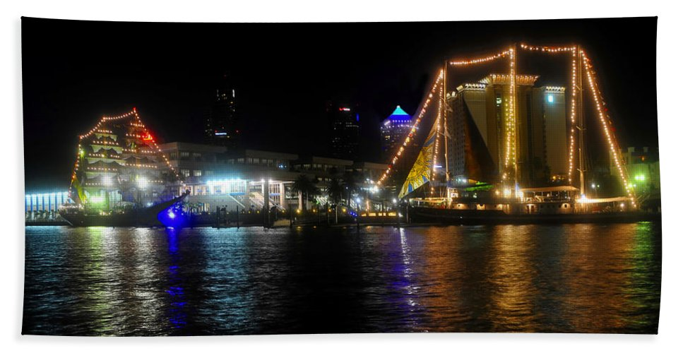 Tampa Bay Florida Bath Sheet featuring the photograph Reflections on Tampa Bay by David Lee Thompson