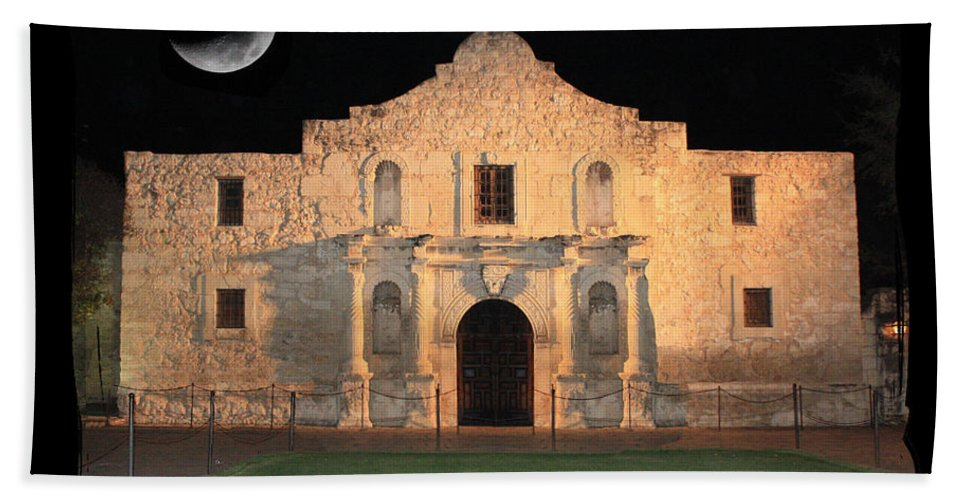 Remember The Alamo Bath Sheet featuring the photograph Remember The Alamo by Carol Groenen