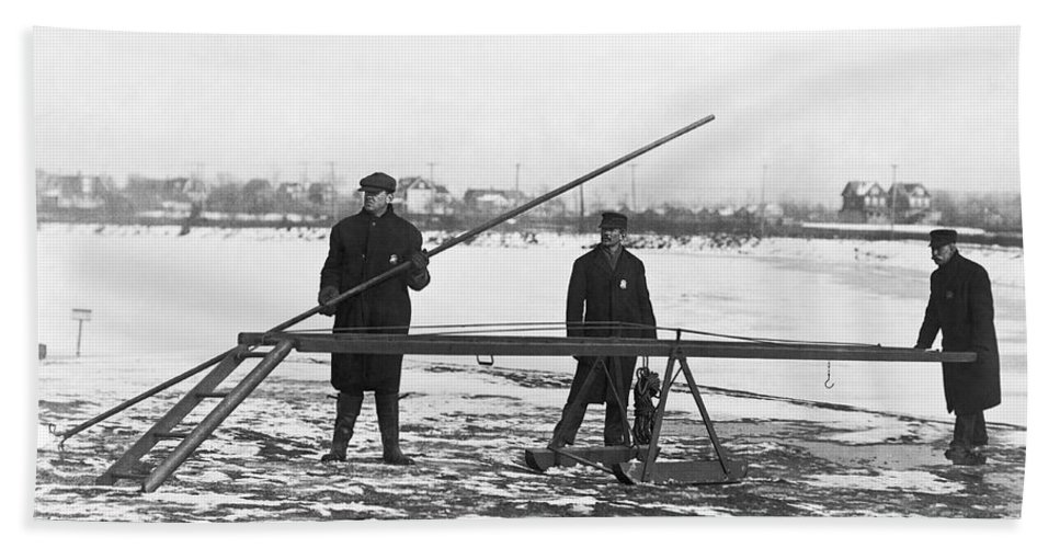 1910s Bath Towel featuring the photograph Rescue For Skating On Thin Ice by Underwood Archives