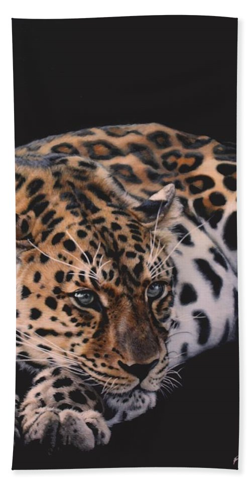 Leopard Hand Towel featuring the painting Resting Leopard by Susana Falconi