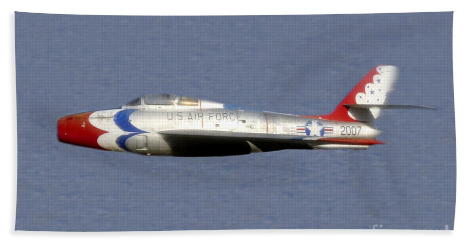 Republic F 84 Bath Sheet featuring the painting Return Of The F 84 by David Lee Thompson