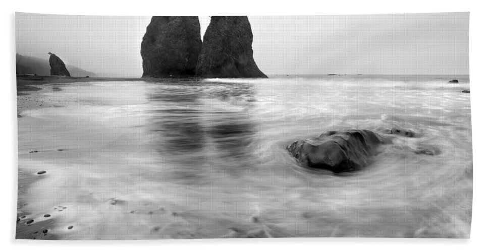 Beach Hand Towel featuring the photograph Rialto Reflections by Mike Dawson