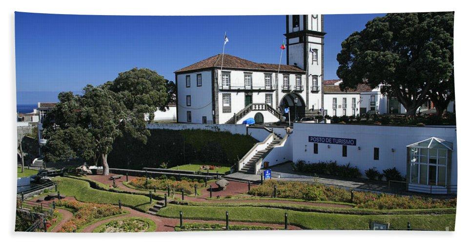 Facade Bath Towel featuring the photograph Ribeira Grande Azores by Gaspar Avila
