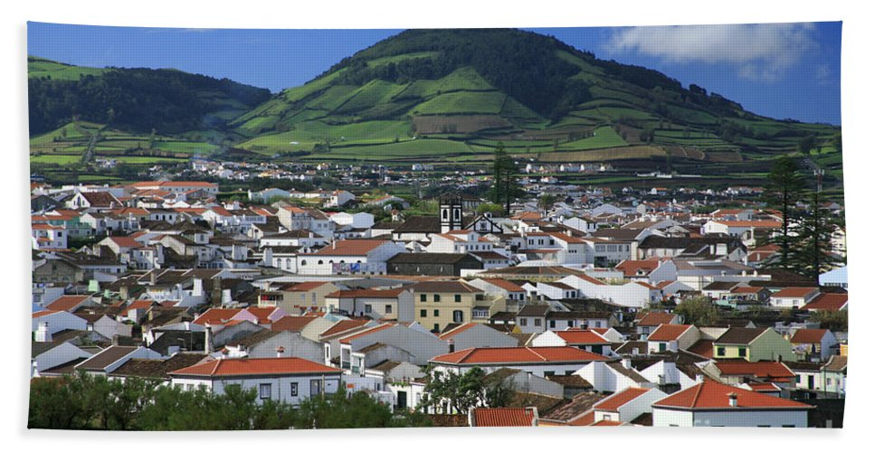 Azores Bath Towel featuring the photograph Ribeira Grande by Gaspar Avila