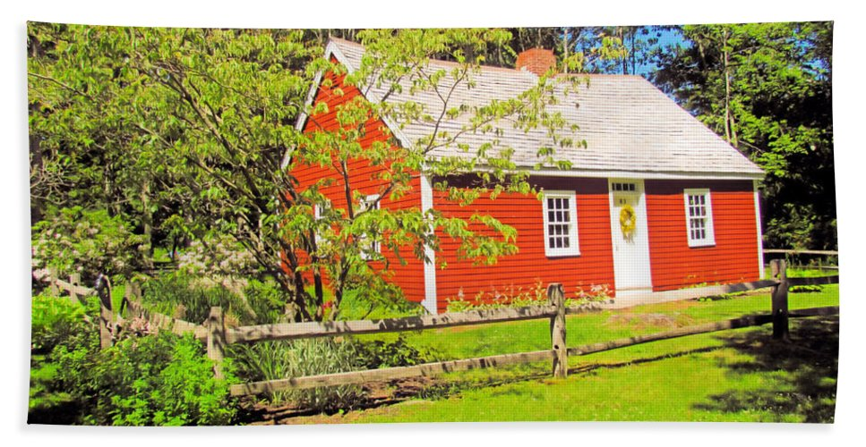 Richard Hunnewell House Hand Towel featuring the photograph Richard Hunnewell House, Scarborough Maine by Elizabeth Dow