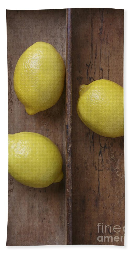 Lemon Bath Sheet featuring the photograph Ripe Lemons In Wooden Tray by Edward Fielding