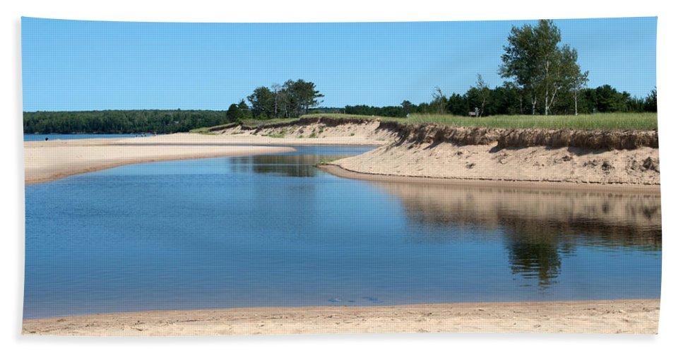 Lake Superior Hand Towel featuring the photograph River by Linda Kerkau