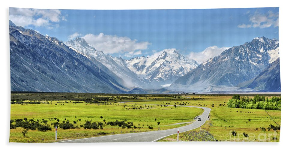 New Zealand Hand Towel featuring the photograph Road To Aoraki by Delphimages Photo Creations