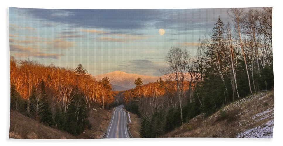 Road Bath Sheet featuring the photograph Road To The Moon by Chris Whiton