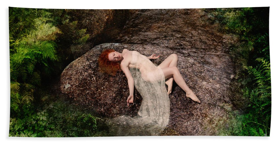 Beautiful Hand Towel featuring the photograph Rock Bathing by Clayton Bastiani