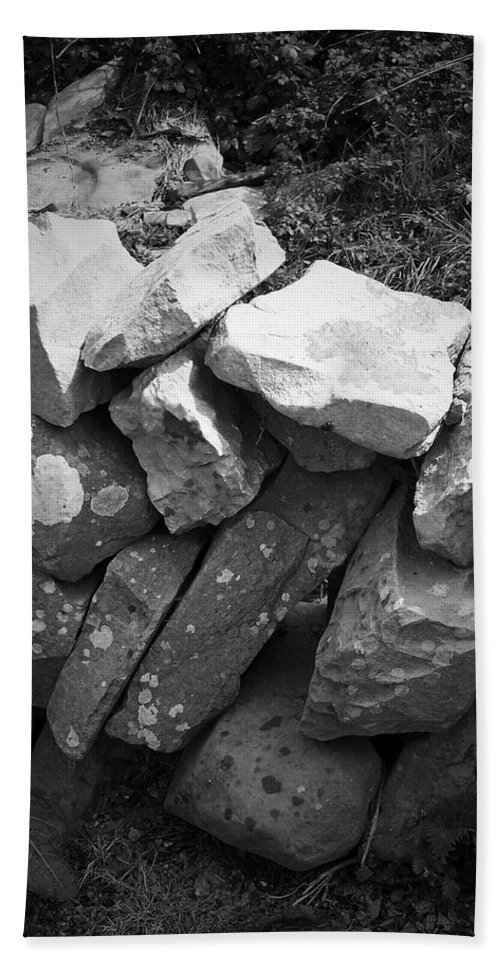 Irish Hand Towel featuring the photograph Rock Wall Doolin Ireland by Teresa Mucha