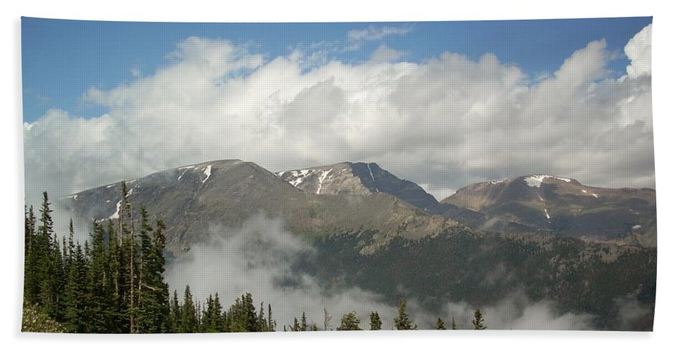 Blue Sky Bath Sheet featuring the photograph Rockies 1 by Sara Stevenson