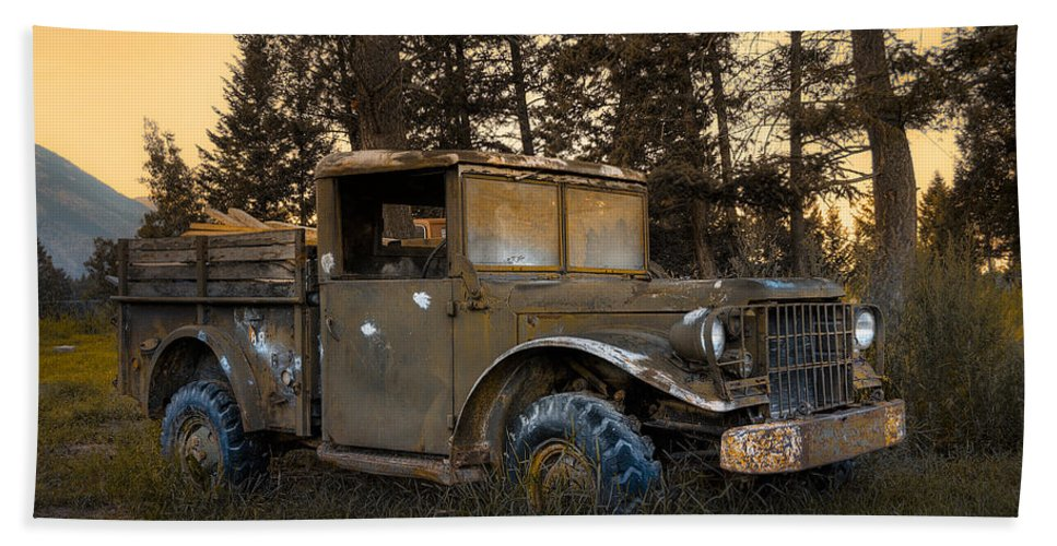 Rockies Hand Towel featuring the photograph Rockies Transport by Wayne Sherriff