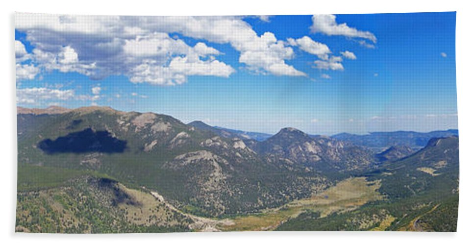 Landscapes Hand Towel featuring the photograph Rocky Mountain National Park Panoramic by Ernie Echols